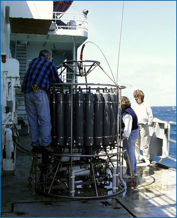 CTD on deck of the RV Thompson